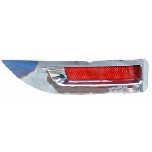 ครอบทับทิมท้าย Nissan Sylphy 2012
